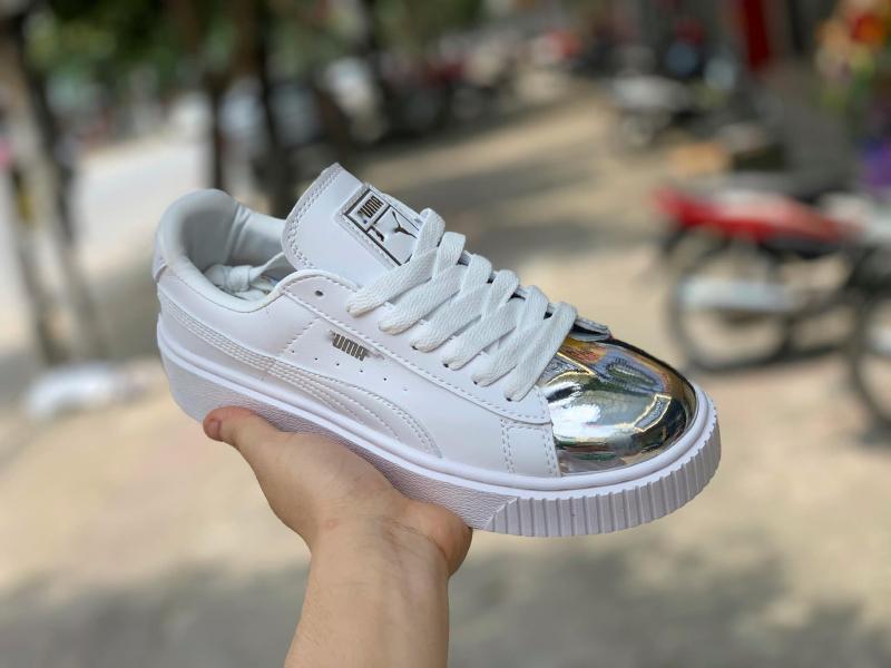 Vinh Giày Thể Thao