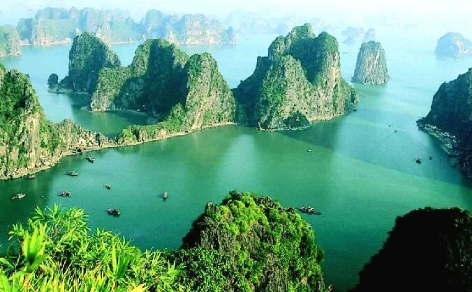 Vịnh Hạ Long - Kỳ quan thiên nhiên thế giới