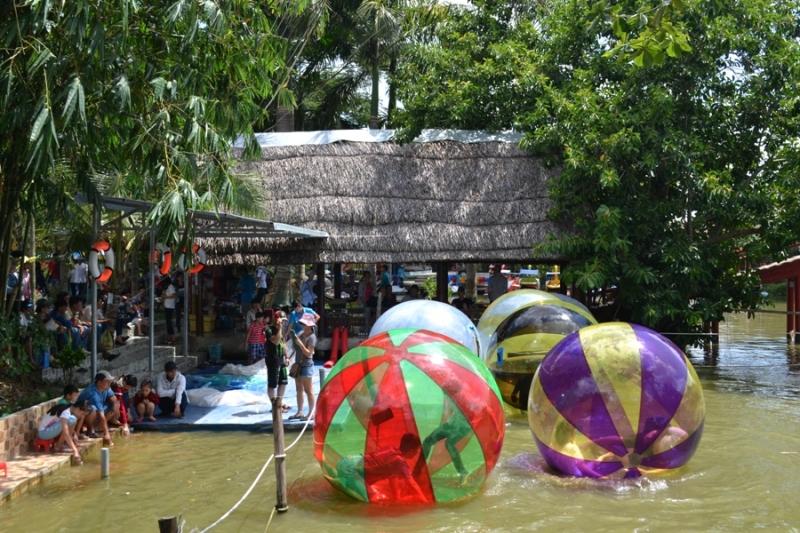 KDL Vinh Sang thu hút khách du lịch bởi nhiều trò chơi hấp dẫn