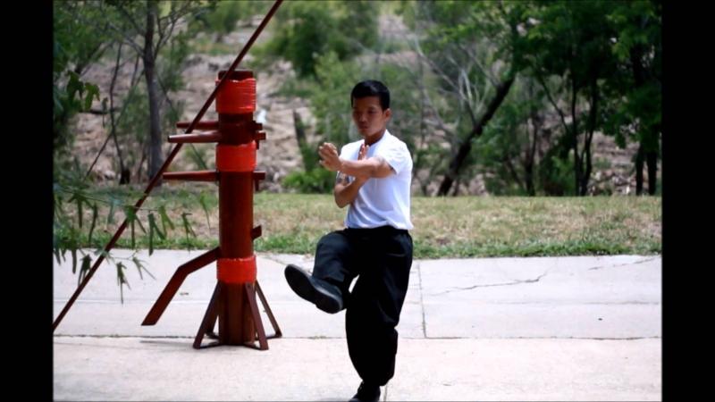 Tập luyện Vịnh Xuân Quyền giúp bạn rèn luyện cơ thể.