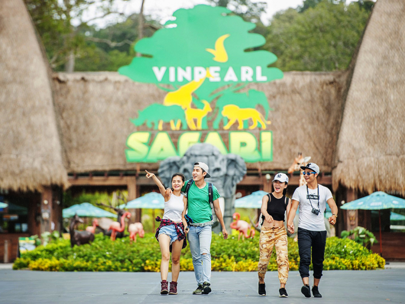 Vinpearl Land & Safari