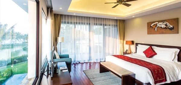 Phòng ngủ ấm cúng mang phong cách Tân cổ điển