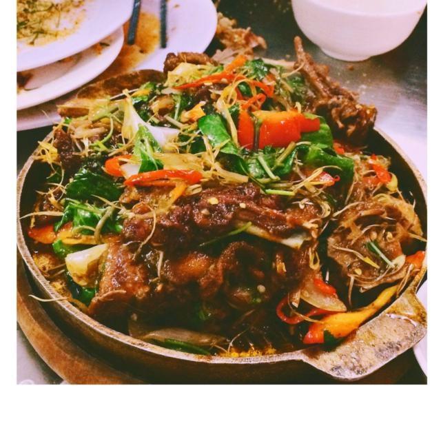 Nộm vịt là một món ăn rất được ưa chuộng tại quán