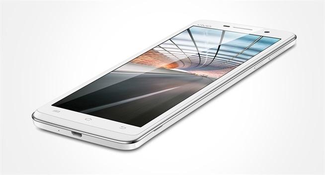 Vivo Y21 với kích thước màn hình nhỏ, chỉ 4.5 inch