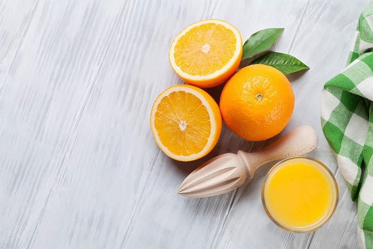 Trong vỏ cam chanh, bưởi … chứa nhiều chất chống oxy hóa và các tinh dầu tương đối dễ chịu.