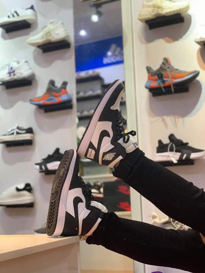 Voi Sneaker