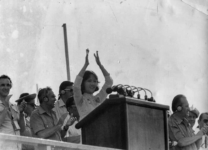 Bà Võ Thị Thắng phát biểu tại lễ bế mạc Liên hoan Thanh niên và Sinh viên Thế giới lần thứ 11 diễn ra tại Cuba năm 1978.