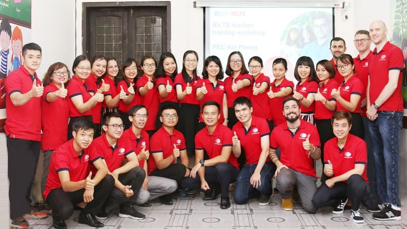 Đội ngũ nhân viên, giáo viên nhiệt tình, giàu kinh nghiệm trong nhiều năm