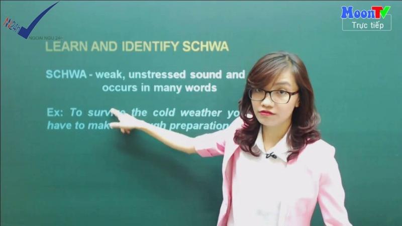 Cô Vũ Mai Phương có lợi thế về tuổi trẻ nên dễ dàng thấu hiểu và đồng cảm với những khúc mắc, khó khăn của các bạn học sinh