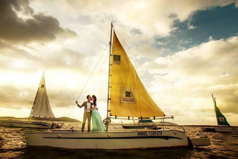 Ảnh cưới chụp tại Bến Du thuyền  Marina