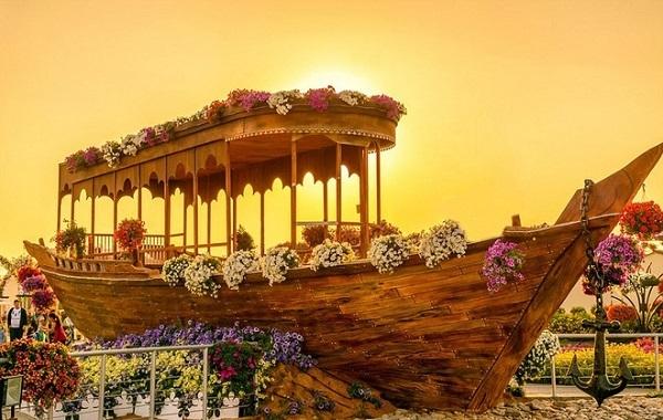 Vườn hoa diệu kỳ (Dubai Miracle Garden)