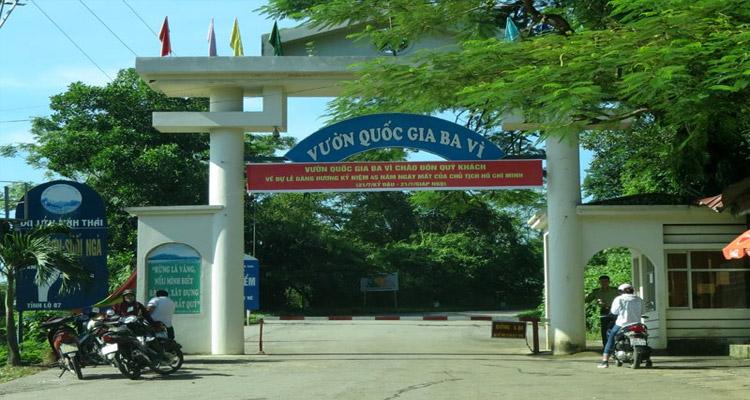 Cổng Vườn quốc gia Ba Vì