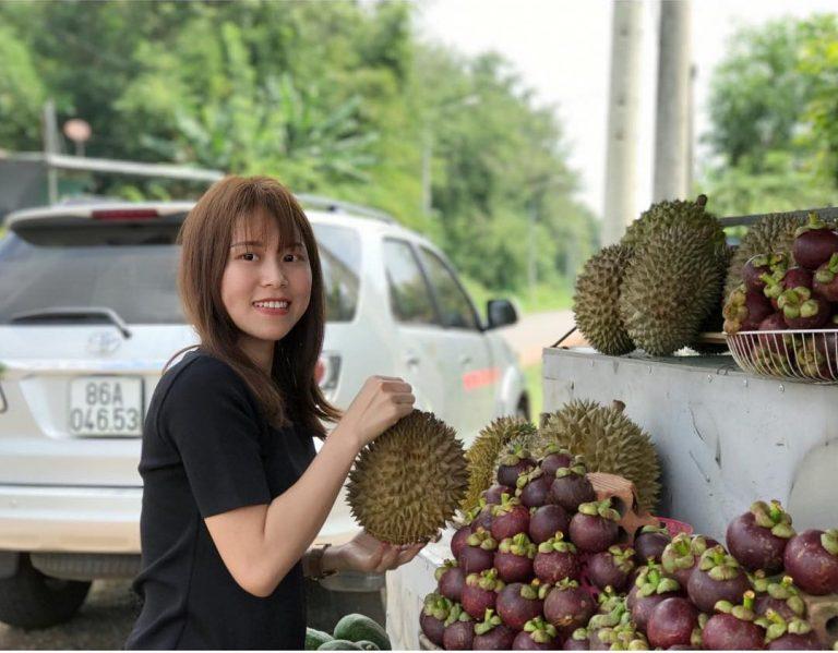 Đến vườn trái cây Long Khánh để vừa có ảnh đẹp vừa được no bụng thôi nào.
