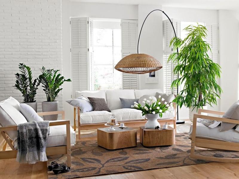 Hoa vải Thu Hà là gợi ý cho bạn nếu đang có ý định tìm mua hoa vải, cây vải trang trí, thay thế cho hoa thật.