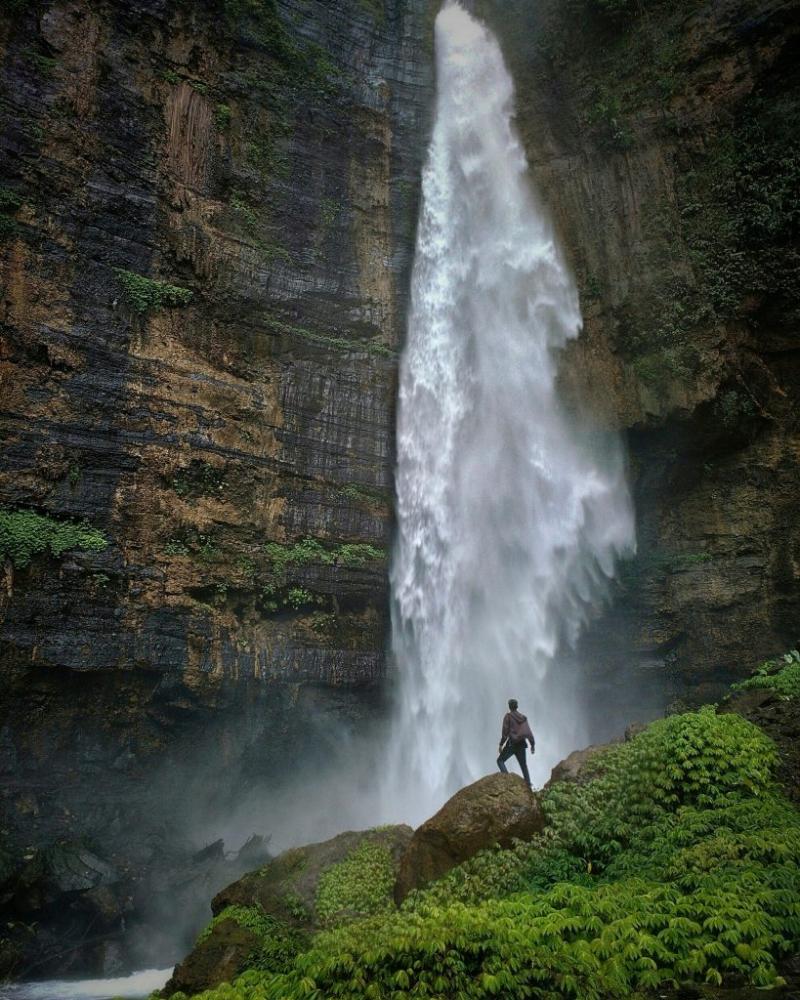 Vượt thác ở Lâm Đồng
