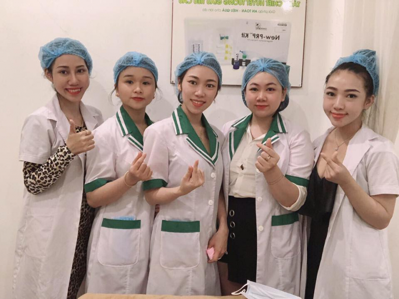 Vy'Paris & Clinic