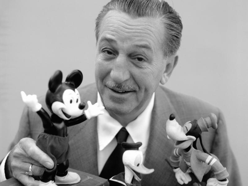 Walt Disney đã trở thành huyền thoại khi là cá nhân có nhiều đề cử Oscar nhất.
