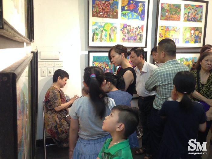 Nhiều tác phẩm của học viên được trưng bày