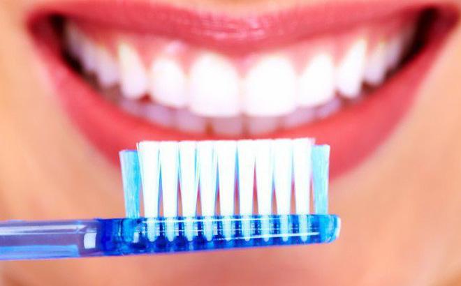 Có thể sử dụng White Protect xen kẽ với kem đánh răng hàng ngày
