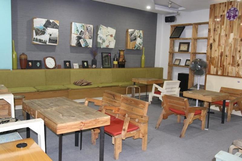 Không gian wichita - The Tarot Café