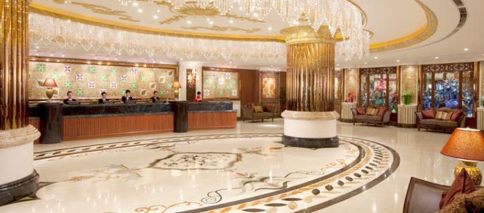 Sảnh khách sạn Windsor Plaza Hotel
