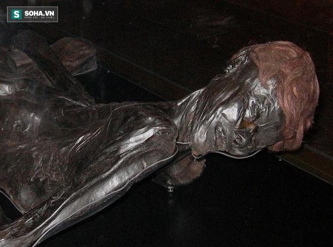 Xác ướp 2.300 tuổi được ướp xác 'hoàn hảo', vẫn giữ nguyên mái