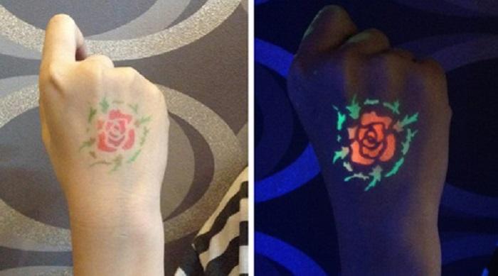 Bông hồng được xăm với chất liệu huỳnh quang