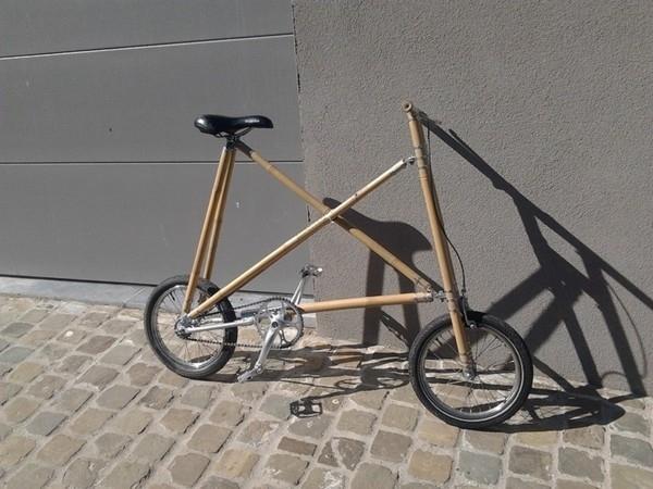 Xe đạp mini làm từ tre