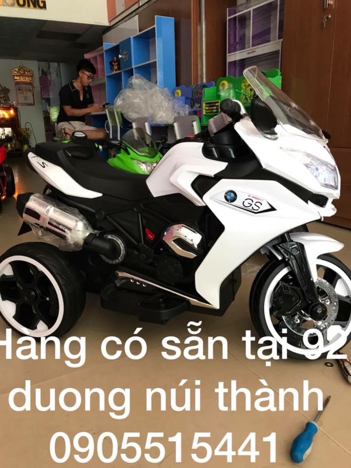 Xe điện trẻ em Sỉ và Lẻ tại 92 Núi Thành Đà Nẵng