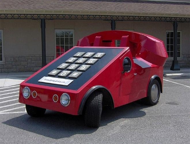 Xe hình chiếc điện thoại