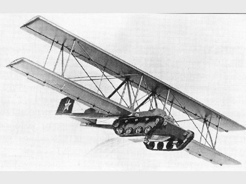Xe tăng kết hợp máy bay