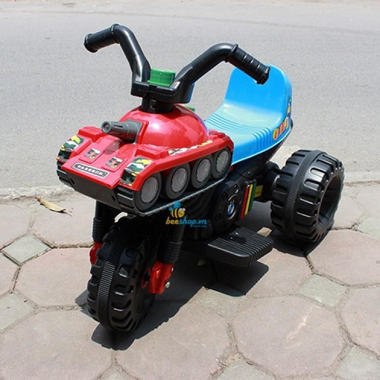 Xe máy điện kiểu dáng xe tăng