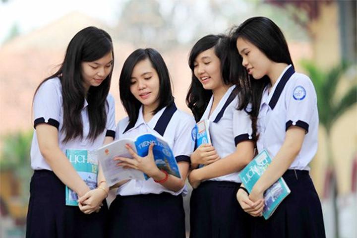 Có tổng cộng 34 trường xét tuyển theo học bạ năm lớp 12