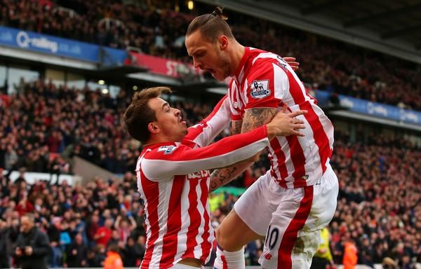 Arnautovic (phải) và Shaqiri là hai nhân tố chủ lực của Stoke City