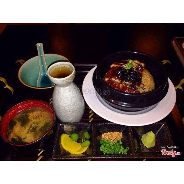 Cơm lươn tại Xiên nướng Banjiro