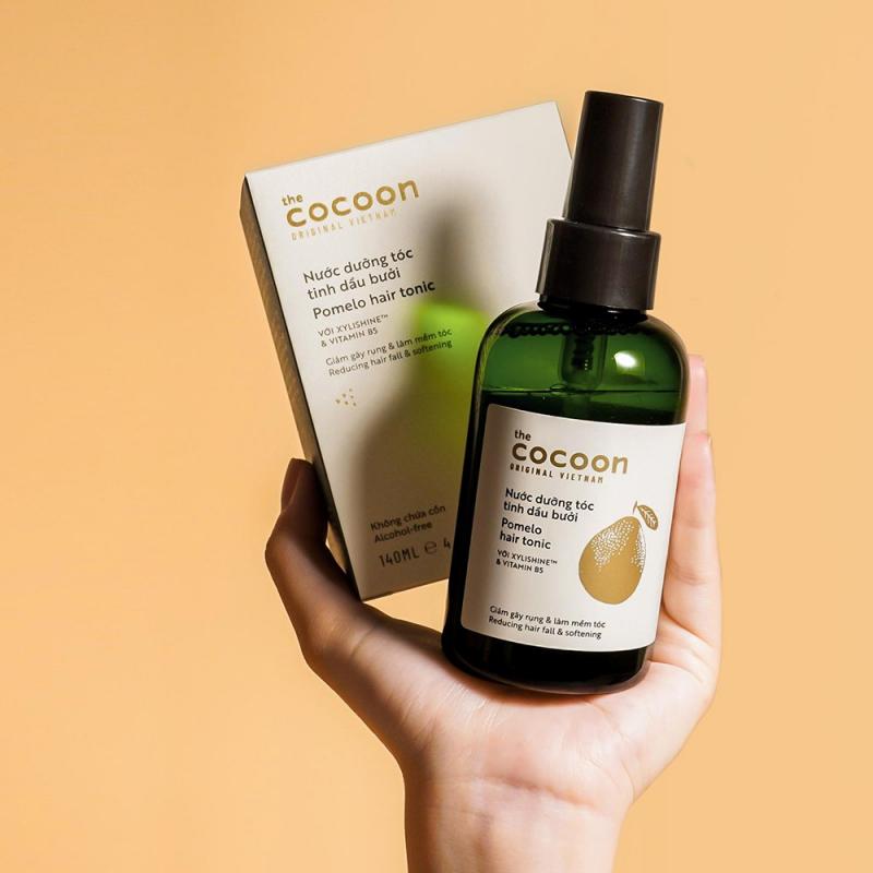 Xịt dưỡng tóc tinh dầu bưởi (pomelo hair tonic) Cocoon