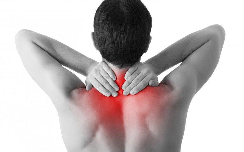 Xịt giảm đau Air Salonpas Dx Hisamitsu giúp giảm nhanh các cơn đau nhức như đau cơ, đau xương khớp, mỏi vai, mỏi lưng, đau khuỷu tay, đau đầu gối, bong gân, bầm máu