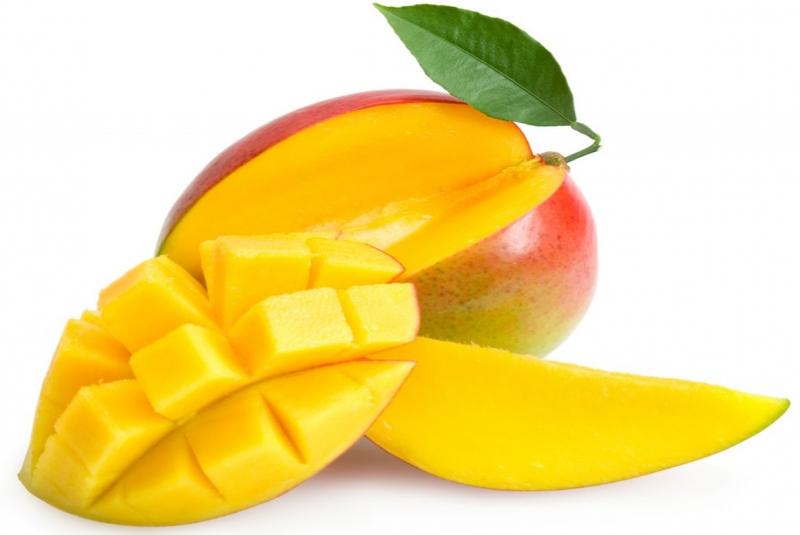 Xoài giàu vitamin A và chất xơ, giúp tăng cường thị lực, trí nhớ, hỗ trợ giảm cân.