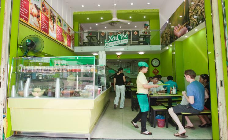 Xôi Bùi Thị Xuân cũng là một trong những thương hiệu xôi nổi tiếng nhất ở Sài Gòn.