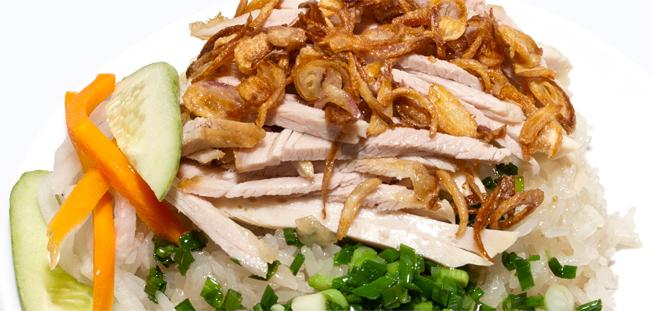 Xôi chè Bùi Thị Xuân với menu đa dạng và rất phong phú