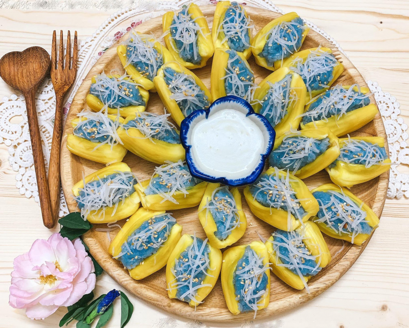 Xôi mít hoa đậu biếc