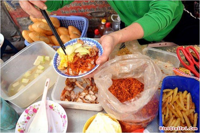 Xôi nem khoai - Số 44 ngõ Nhân Hòa, Thanh Xuân