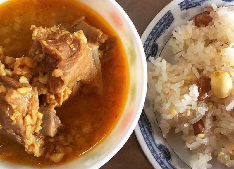 Xôi Thịt Hon & Bún Bò - Trương Định