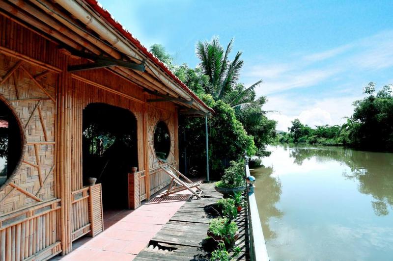 Xuan Lai Right View Homestay được chủ nhà tinh tế xây dựng từ tre và trúc cả.