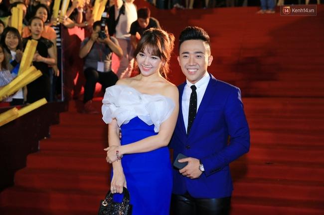 """Là một trong những cặp đôi hot nhất nhì của showbiz Việt nên hầu như mọi sự kiện lớn nhỏ đều có mặt của """"cặp đôi vàng"""" này."""