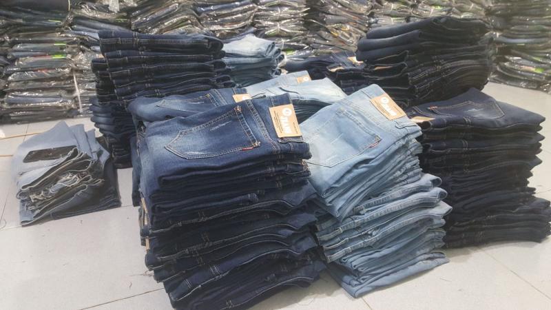Xưởng may Atlan ngày càng phát triển lớn mạnh và là một trong những xưởng chuyên về thời trang jeans hàng đầu tại TPHCM hiện nay