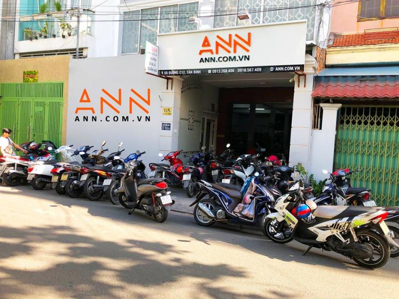 Đến với ANN, Bạn sẽ được tư vấn và phục vụ tận tình, bởi ANN có đến gần 20 nhân viên phục vụ lúc nào cũng sẵn sàng đón tiếp khách