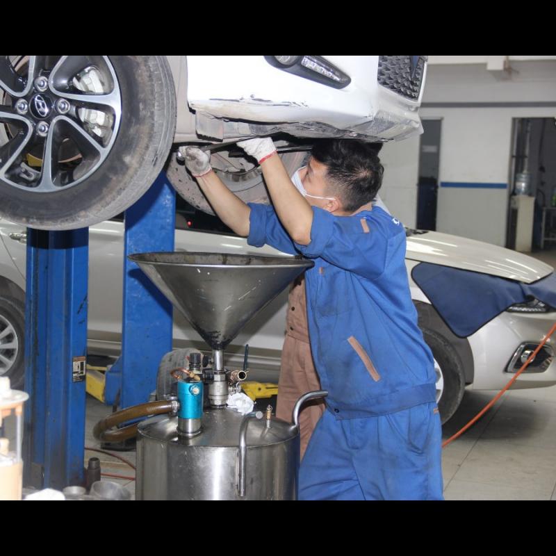 Xưởng sửa chữa của showroom Hyundai Hà Đông