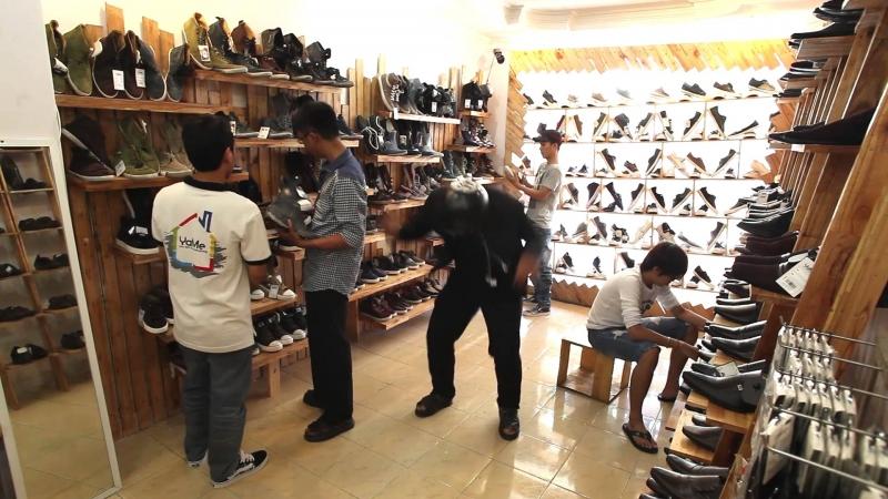 Ngoài quần áo, Yame shop còn có nhiều phụ kiện, giày dép cho bạn lựa chọn