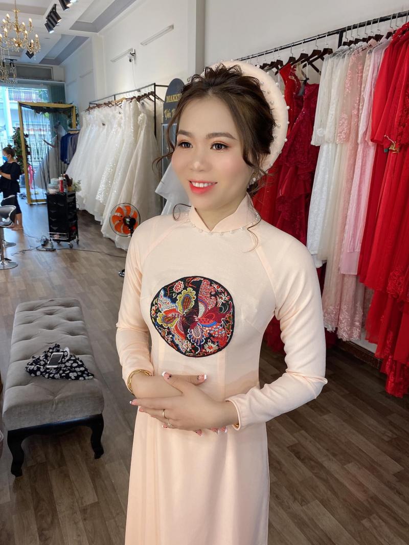 Yen Nguyen Bridal